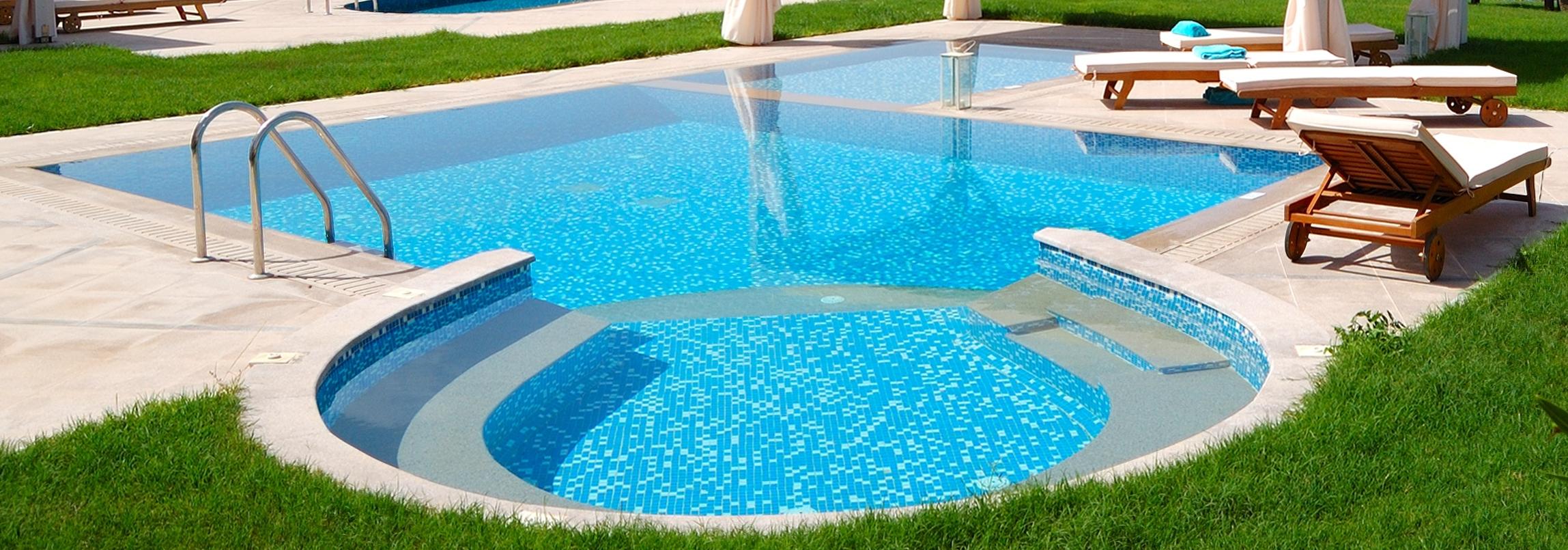 Tira vazamento de piscinas tratamento de agua vedatech for Piscinas decoracion fotos